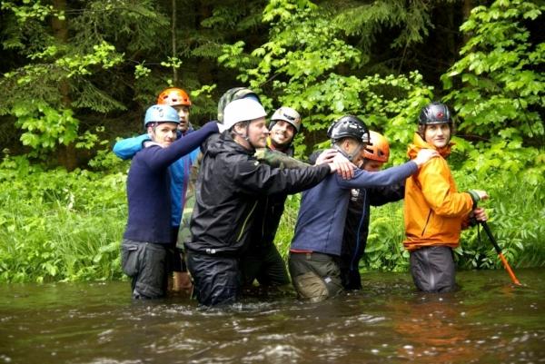 Nácvik překonávání vodního toku